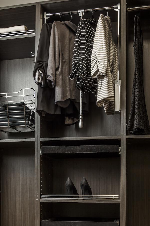 chrome wardrobe lift SC closed